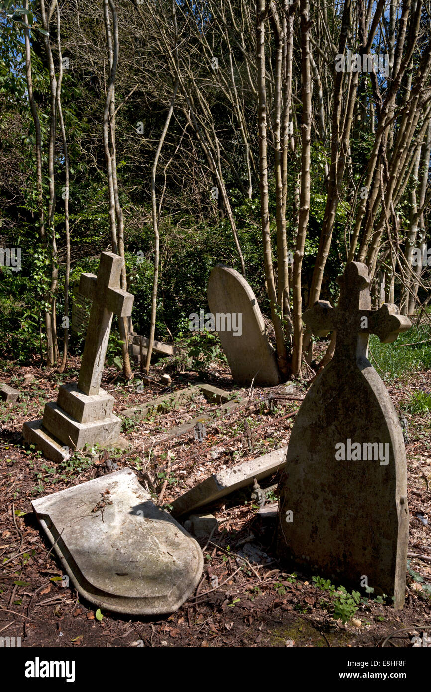 gravestones old cemetery southampton common hampshire england - Stock Image