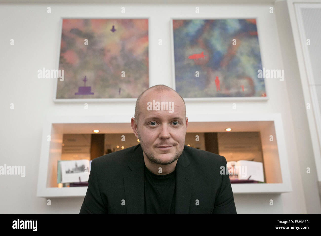 Lincoln Townley , partner of Denise Welch, with his dramatic artworks - Stock Image