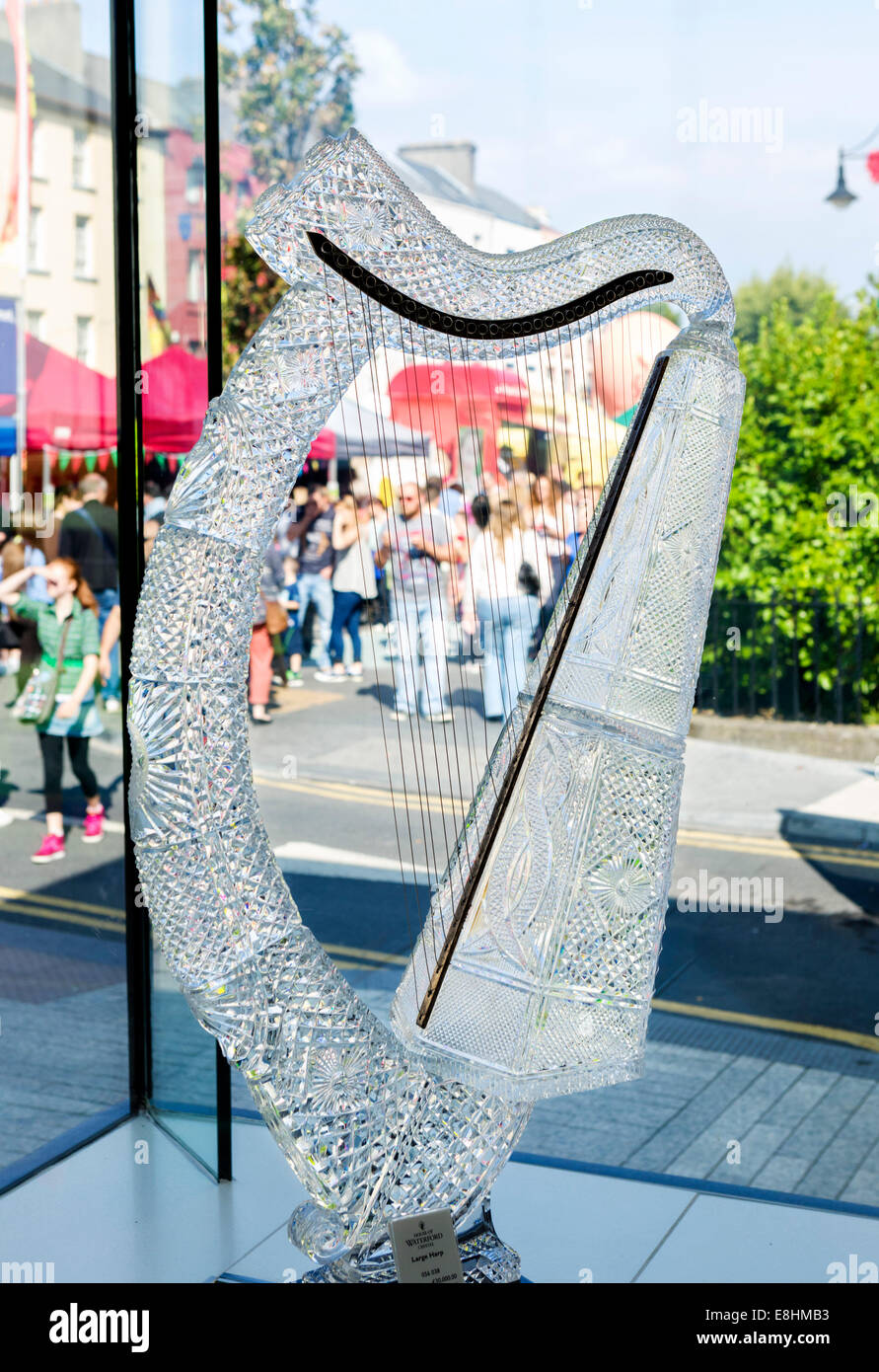 A €30,000 crystal harp in the showroom at the Waterford Crystal factory, Waterford City, County Waterford,  Republic - Stock Image
