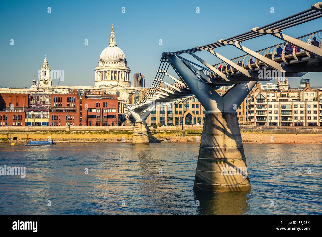Millennium bridge in London - Stock Image