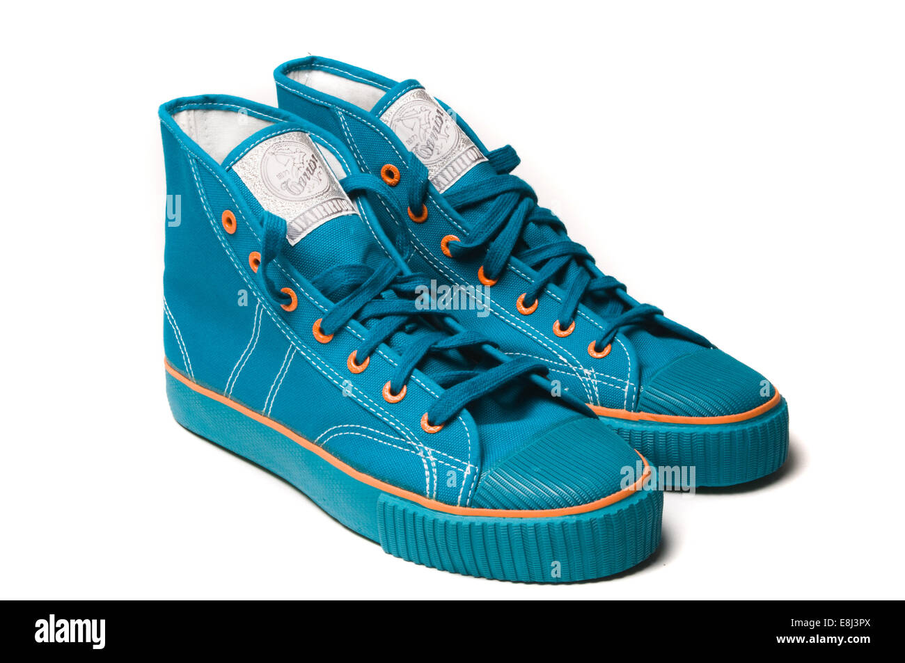sneakers high top hightop trainers boot boots laces new shoe shoes training basketball warrior warriors converse - Stock Image