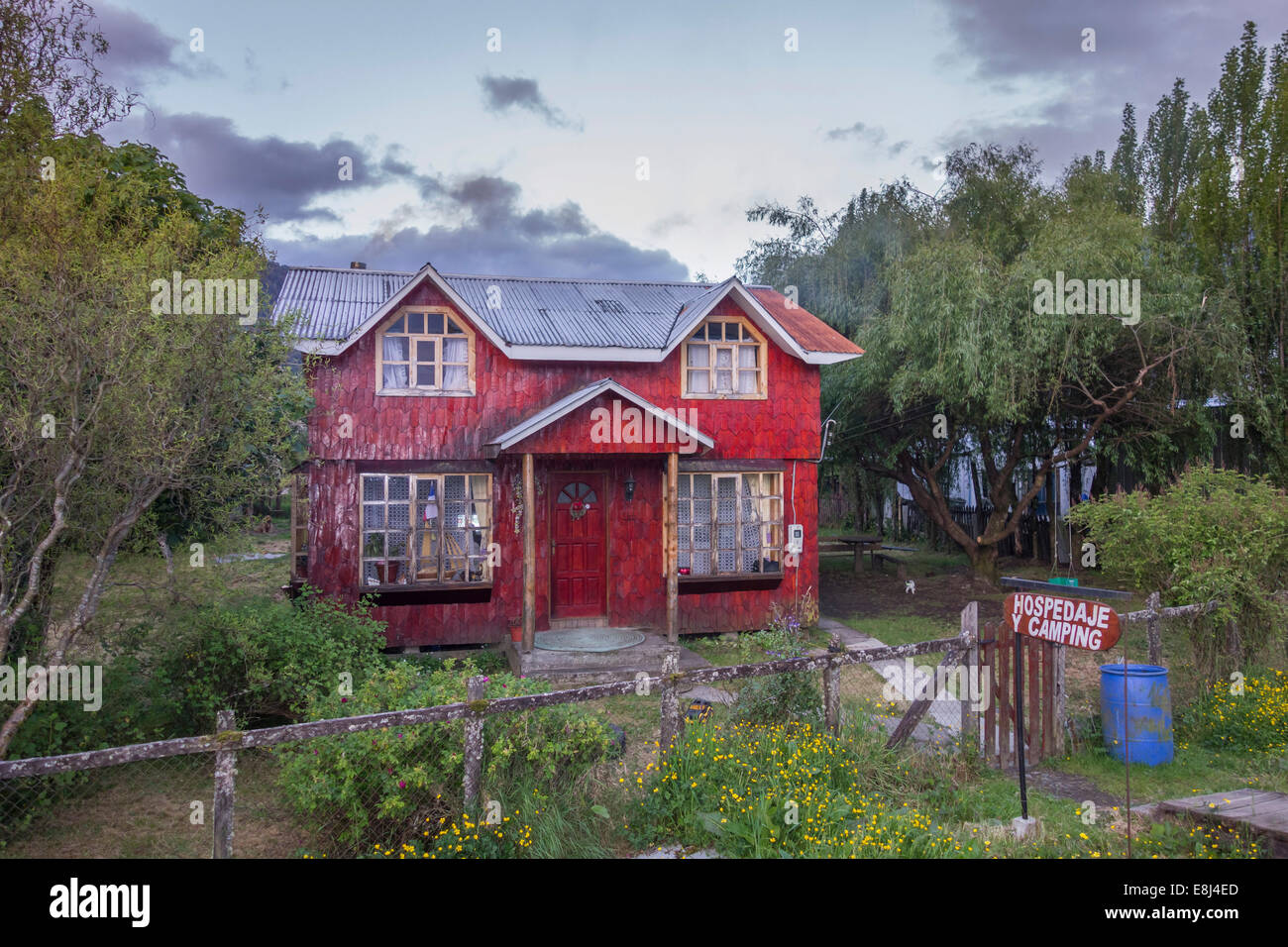 Simple wooden houses, Puerto Puyuhuapi, Aysén, Chile - Stock Image