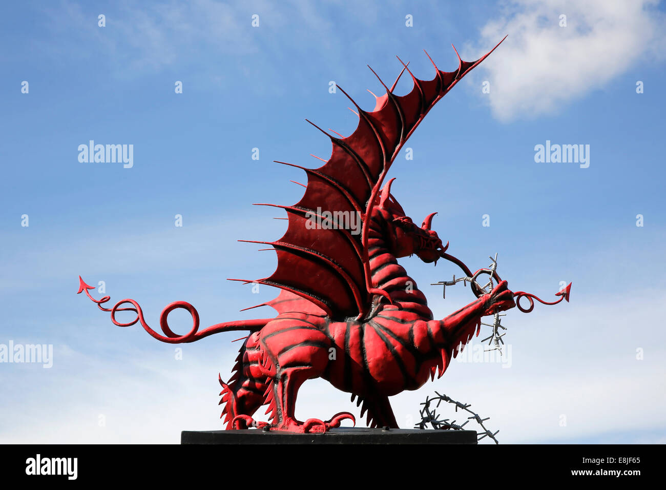 The Mametz Welsh Memorial, built in 1987, commemorates a july 1916 battle Stock Photo
