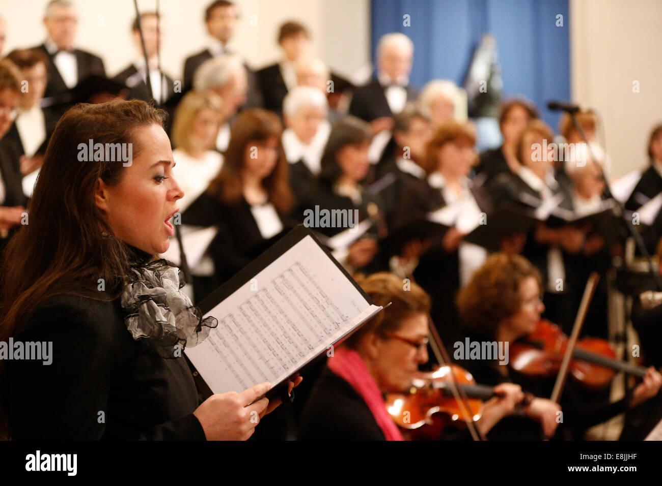 Saint-Louis de Villemomble's choir. Concert. Schubert's mass. - Stock Image