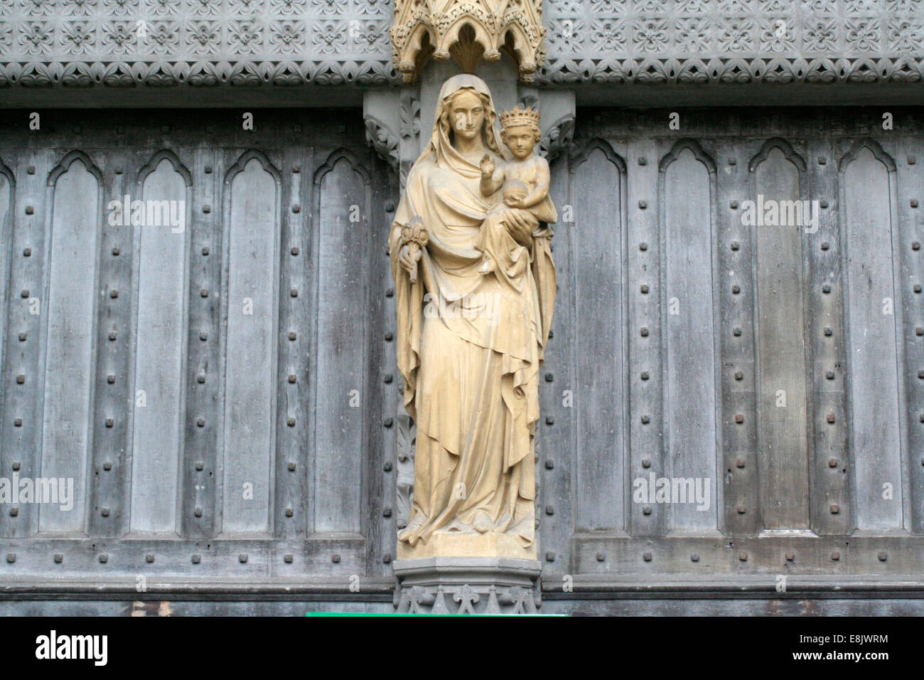 Westminster abbey faade sculpture - Stock Image