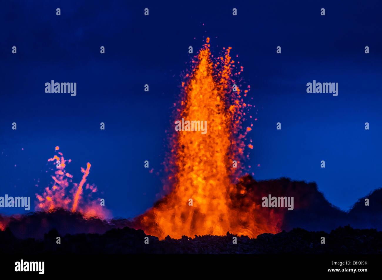 Lava fountains at the Holuhraun Fissure eruption near Bardarbunga Volcano, Iceland. - Stock Image