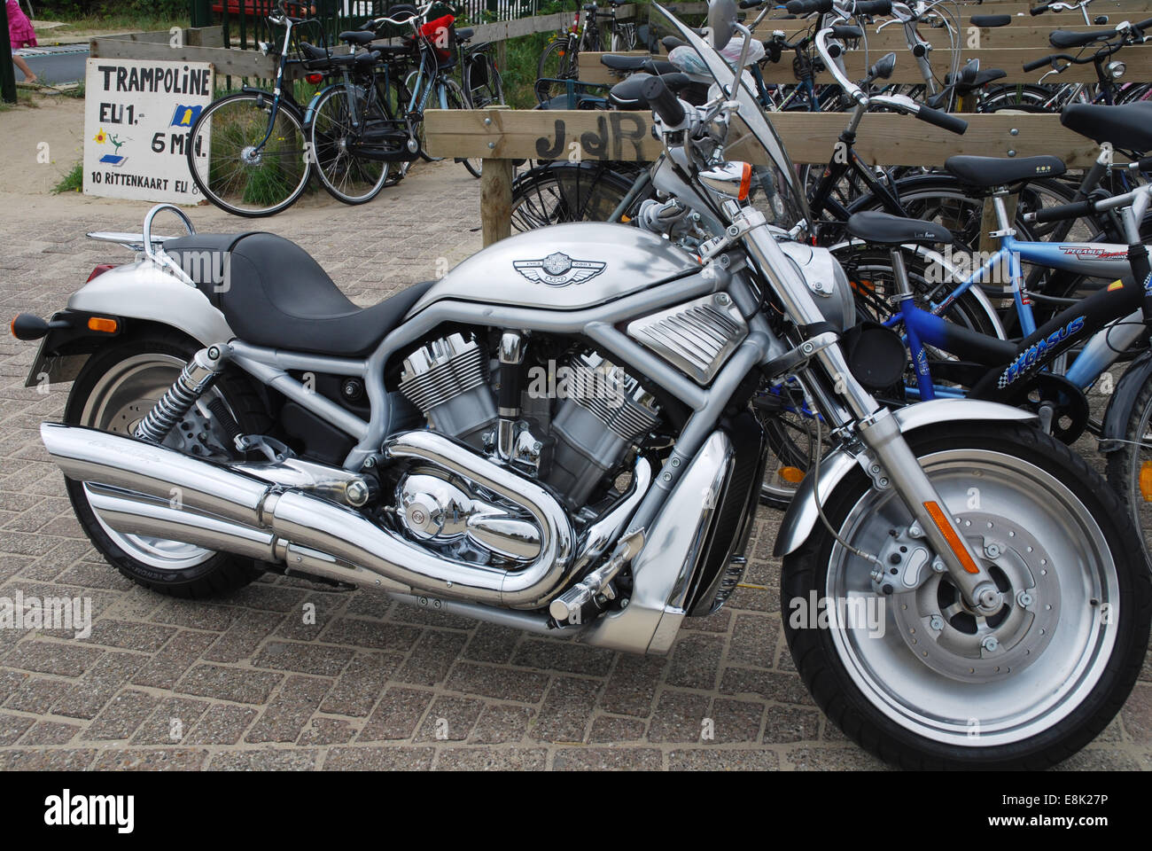 harley davidson v rod stock photos harley davidson v rod stock images alamy. Black Bedroom Furniture Sets. Home Design Ideas