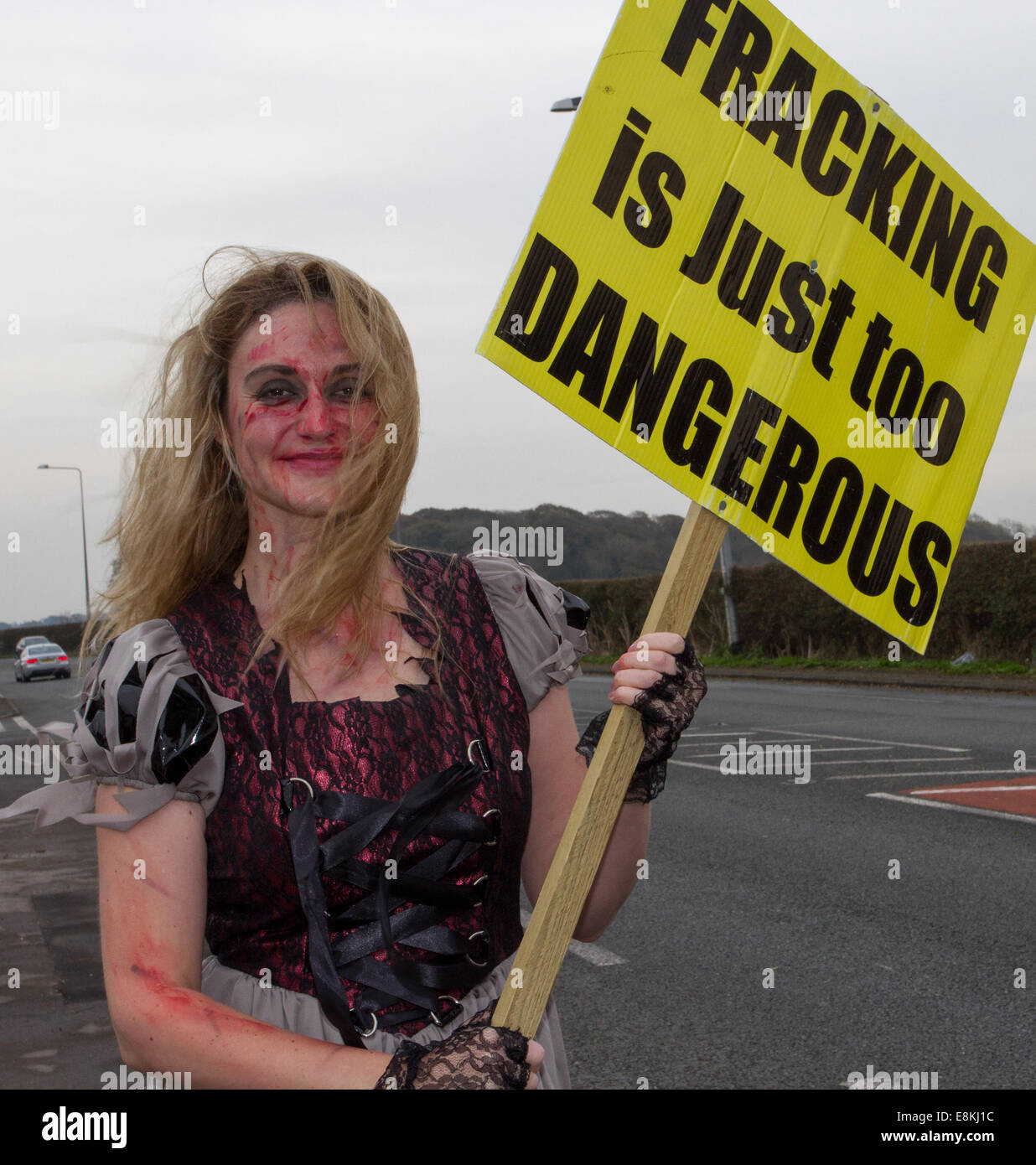 Westby Nr Blackpool, Lancashire 31st October, 2014. Local Residents opposed to proposed fracking demonstrate in - Stock Image