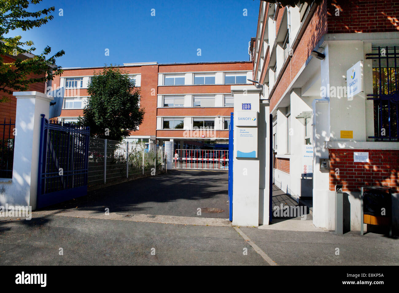 Maisons Alfort High Resolution Stock Photography And Images Alamy