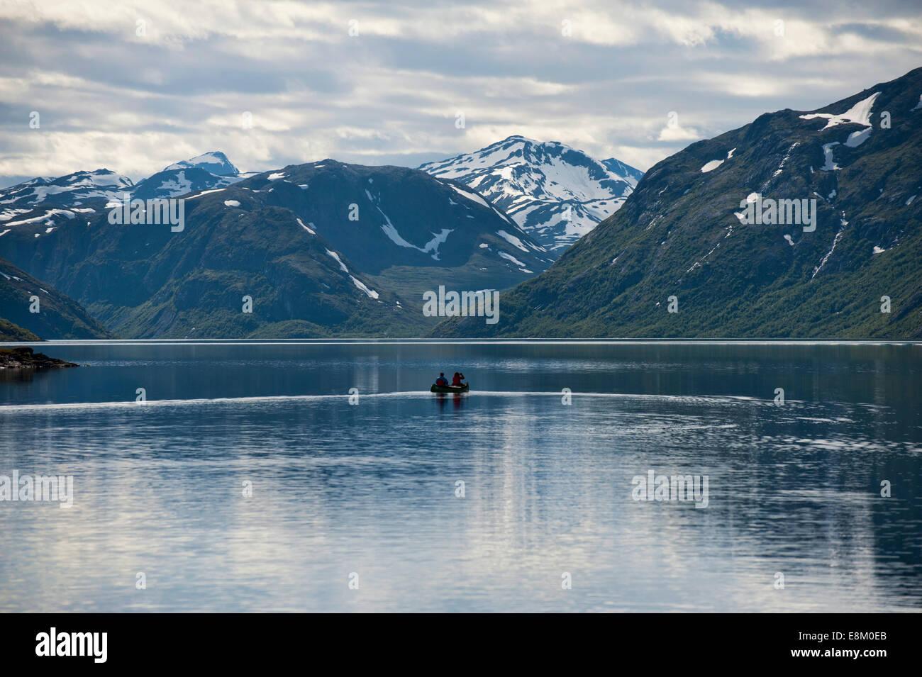 The Gjelde fjord where the epic trekking for Besseggen starts - Stock Image