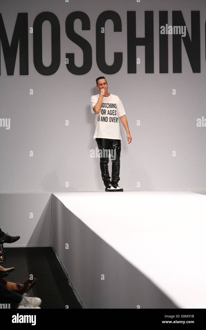 pretty nice 5d95e 572ad MILAN, ITALY - SEPTEMBER 18  Designer Jeremy Scott walks the runway during  the Moschino