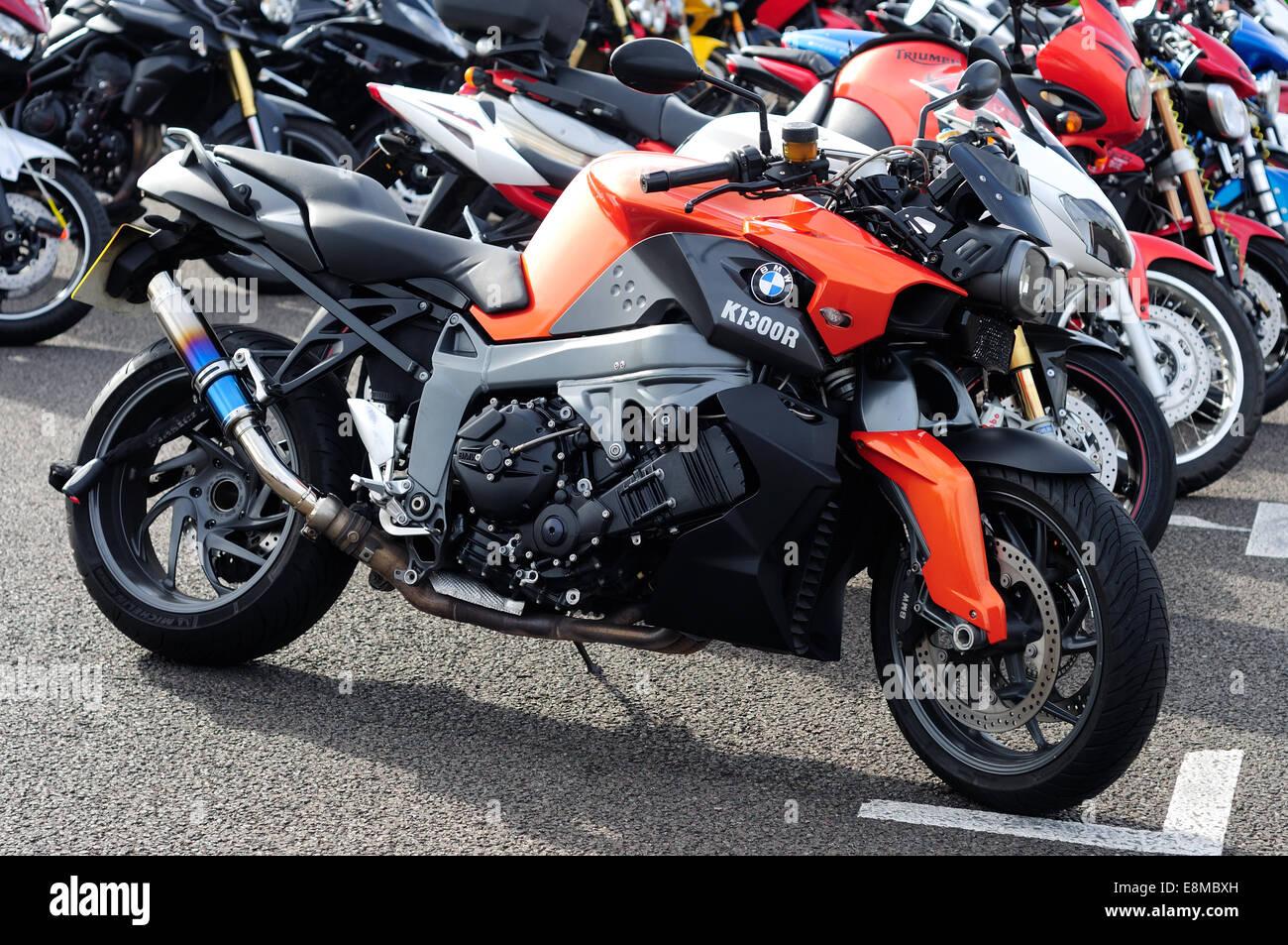 Bmw Sport Bike >> Parked Motorcycles Bmw K1300r Sports Bike Stock Photo 74207129