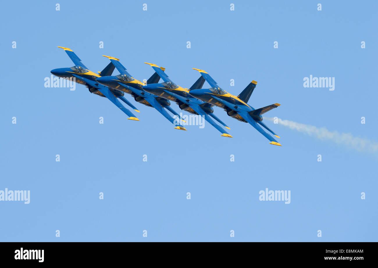 El Centro, California, March 12, 2014 - U.S. Navy flight demonstration squadron, the Blue Angels, perform the Echelon - Stock Image