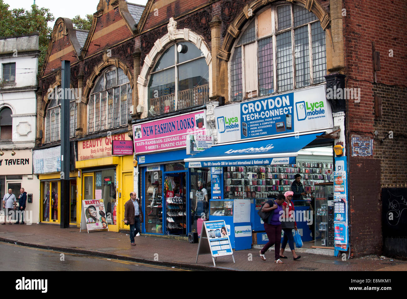 Shops in Station Road, Croydon, South London, UK - Stock Image