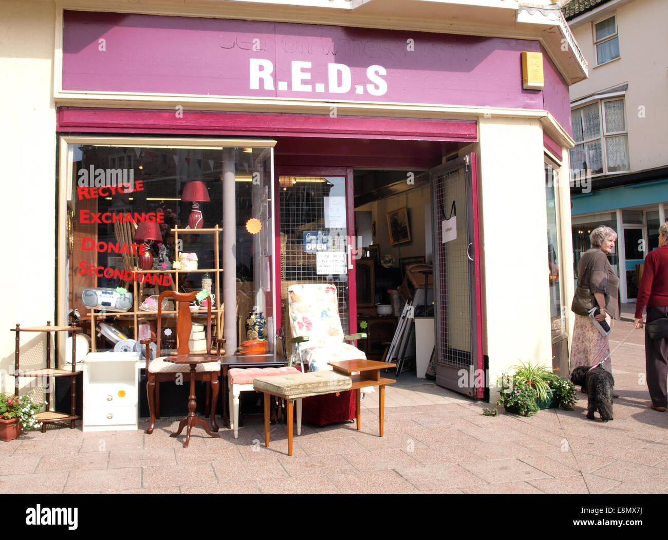 Second hand shop, Seaton, Devon, UK Stock Photo: 74218358 - Alamy