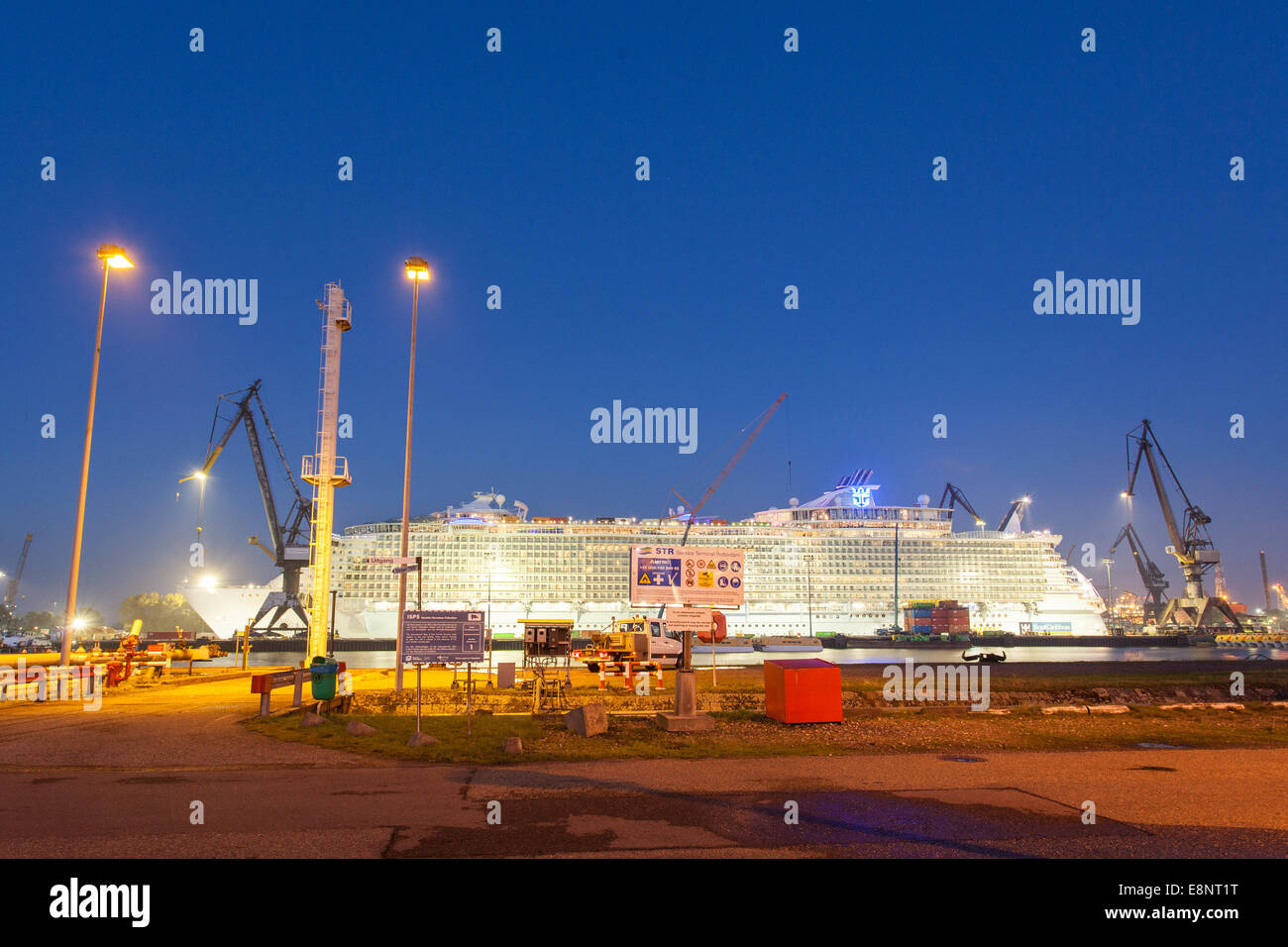 Cruise ship MS Oasis of the Seas of Royal Caribbean Cruises Ltd in a dry dock at the Keppel Verolme Yard Rotterdam - Stock Image
