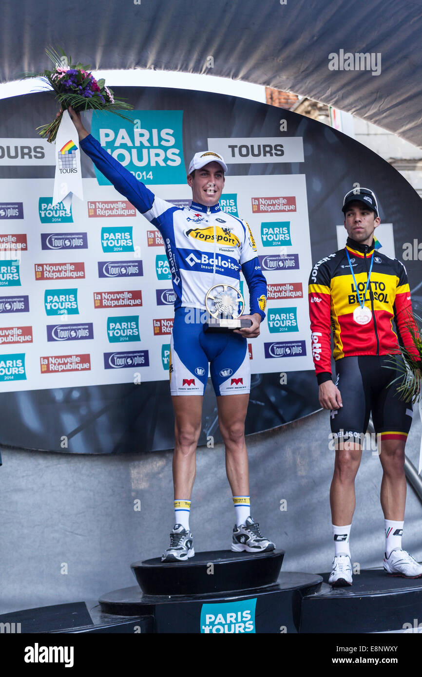 Tours, France. 12th October, 2014. Jelle Wallis winning the 2014 Paris Tours cycle race, Tours, France. Credit: - Stock Image