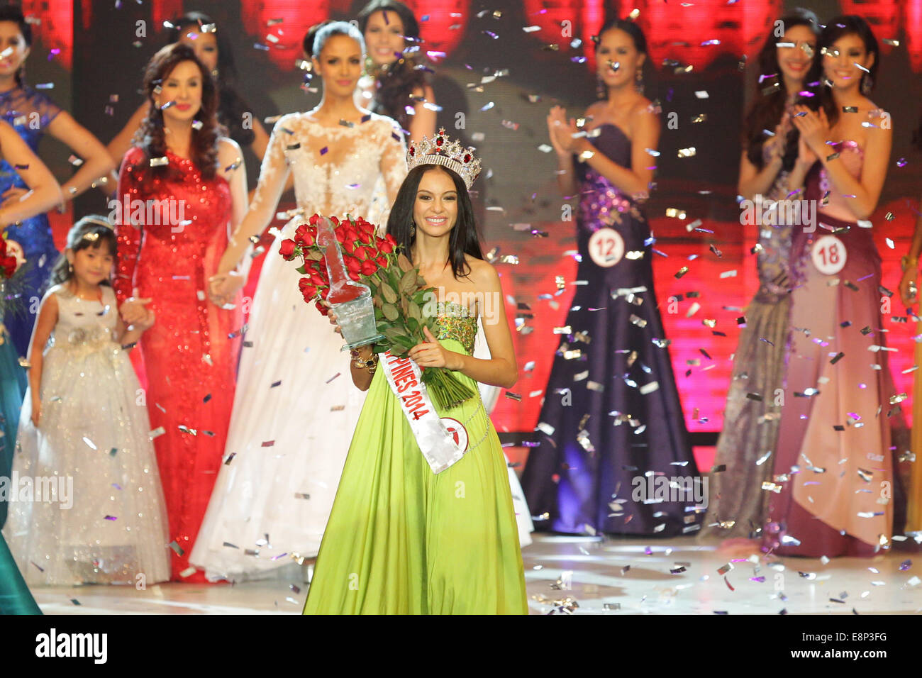 Pasay City, Phillipines. 13th October, 2014. Valerie Weigmann walks the aisle after winning the Miss World Philippines Stock Photo