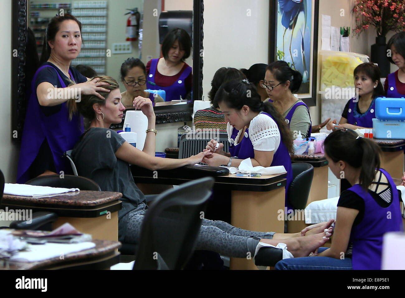 Rhea Durham at a nail salon in Beverly Hills having a manicure Stock ...
