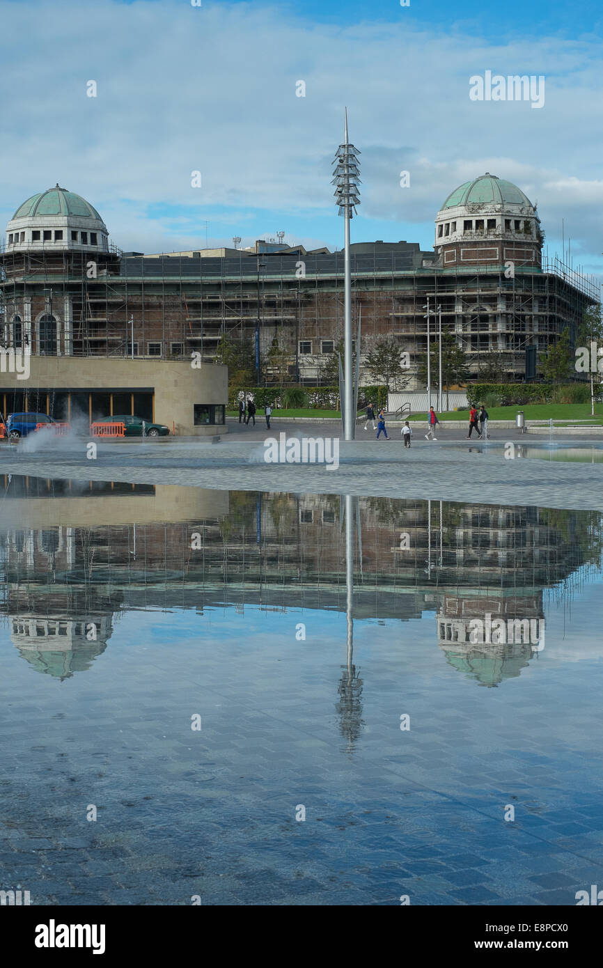 Bradford City Park is a public space in the centre of Bradford, West Yorkshire. It is centred on the Grade I listed - Stock Image