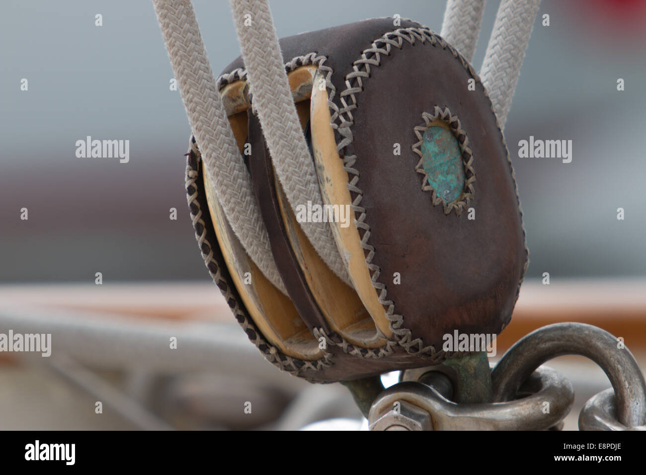 Classic yacht pulley - Stock Image