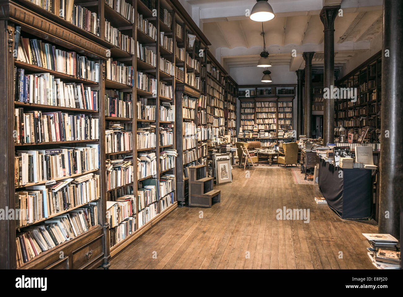 Second-hand bookshop, which is still a lot in the old town in Montevideo - Stock Image