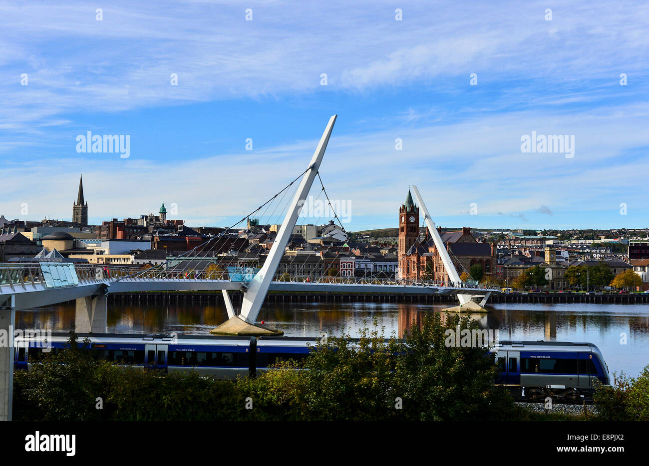 Derry, Londonderry, Northern Ireland. 13th Octc, 2014. UK weather: Autumn sunshine. The mid-day Londonderry to Belfast - Stock Image