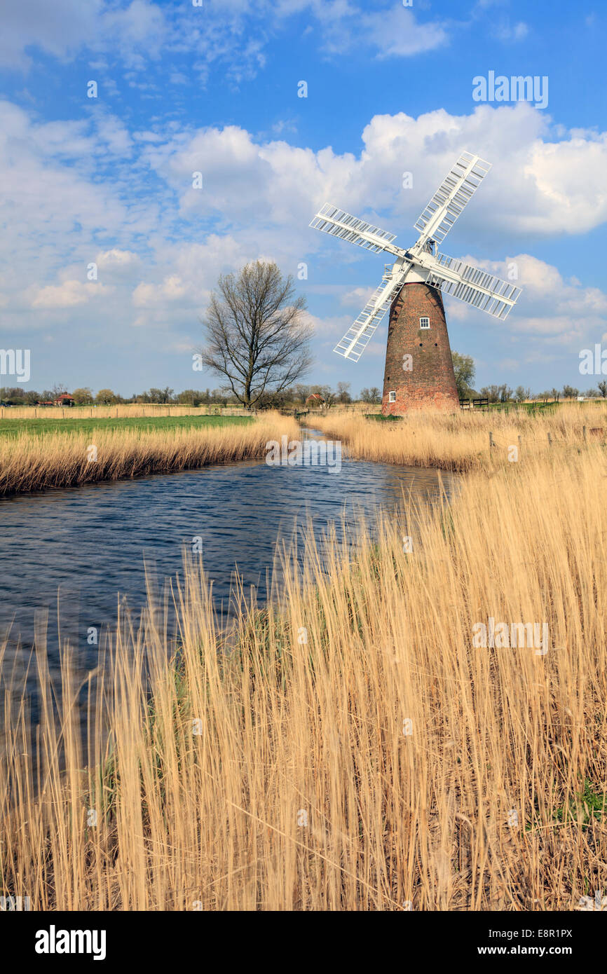 The leaning drainage mill at Hardley Dyke in the Broads National Park in Norfolk, England - Stock Image