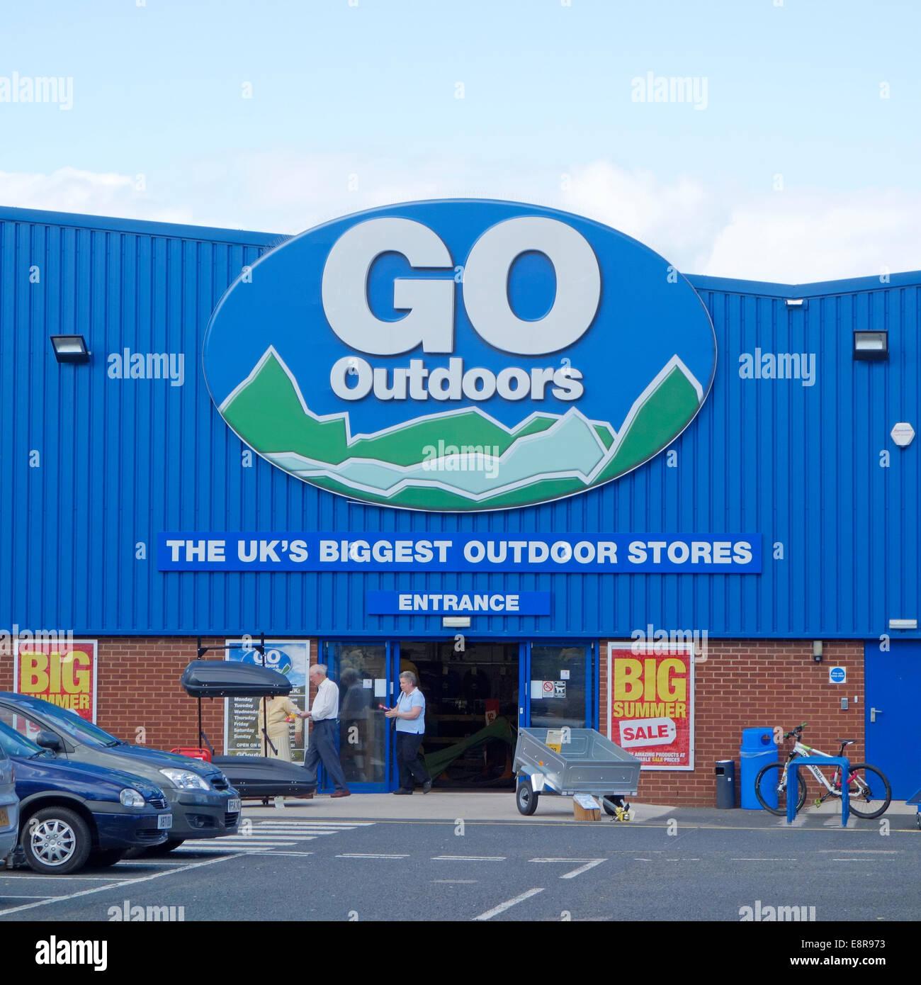 Go Outdoor Store, Hoo Farm Industrial Estate, Kidderminster, Worcestershire, England, UK - Stock Image