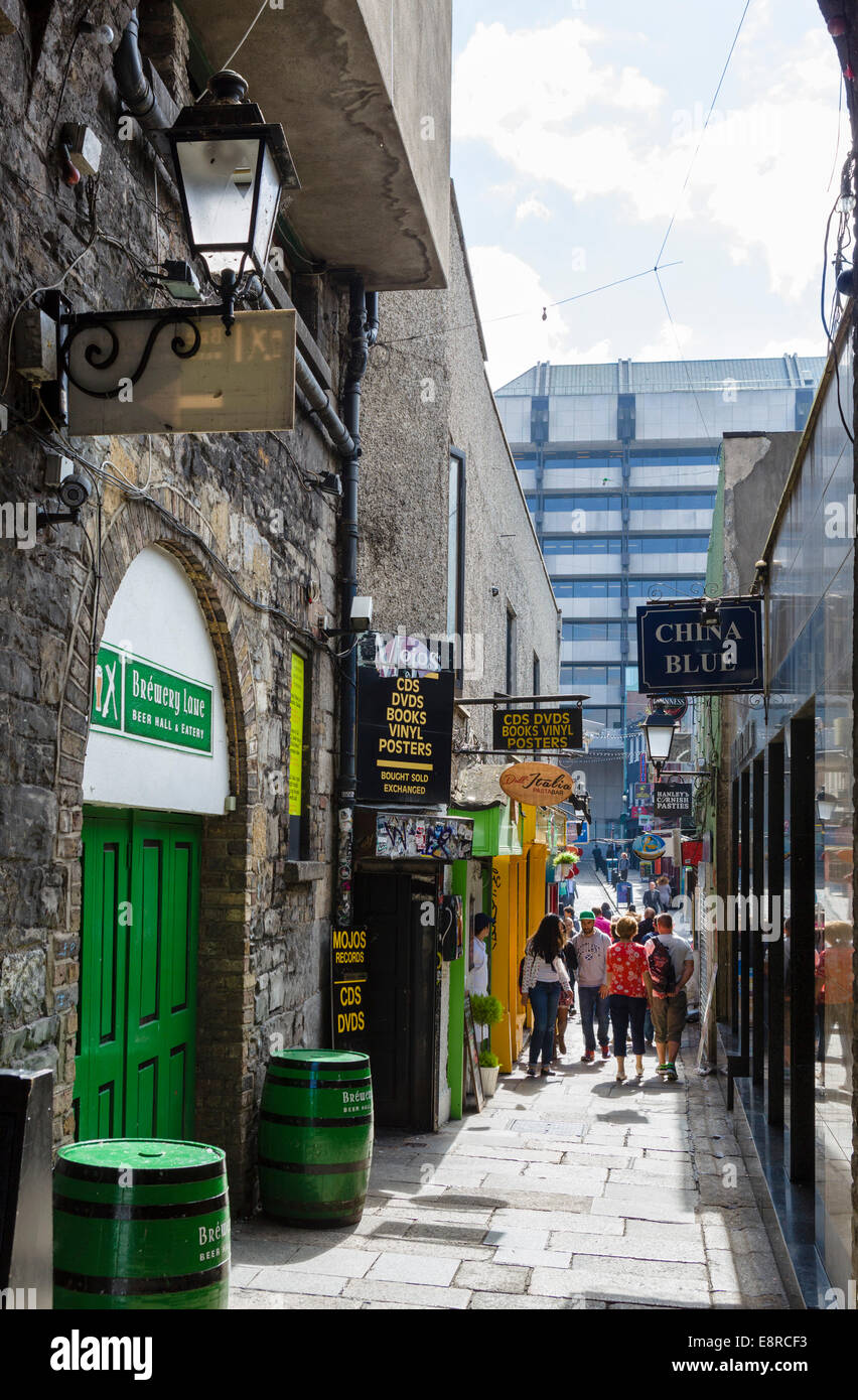 Merchant's Arch in the Temple Bar district, Dublin City, Republic of Ireland - Stock Image