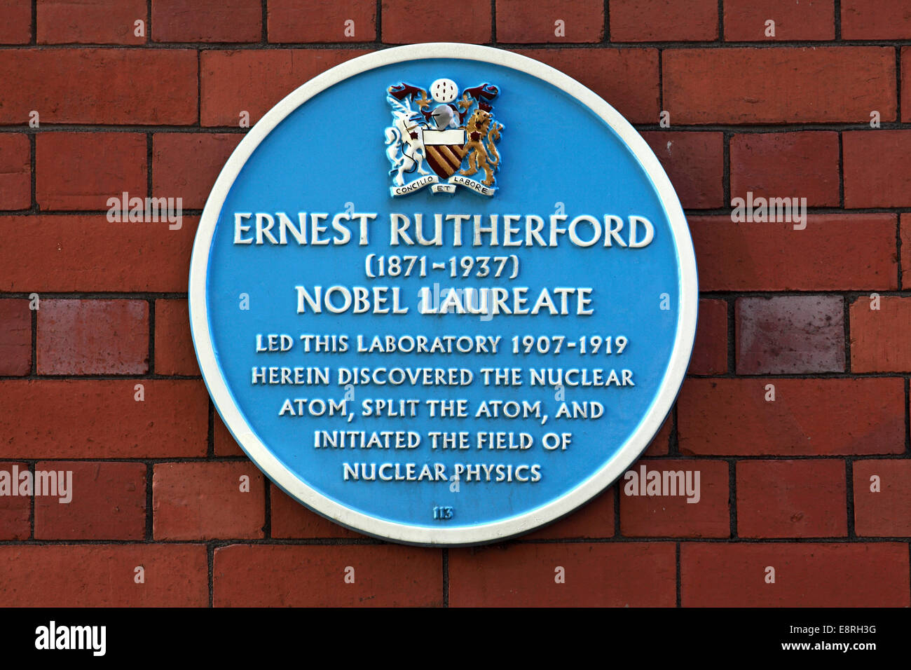 Blue plaque commemorating the work of Ernest Rutherford, Coupland Street, Manchester. Britain Stock Photo