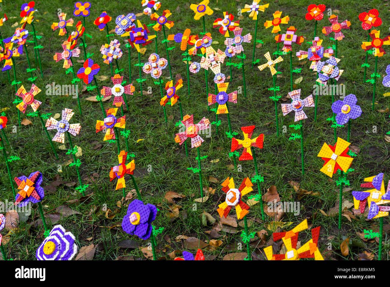 Lego store new york stock photos lego store new york - Parking garages near madison square garden ...