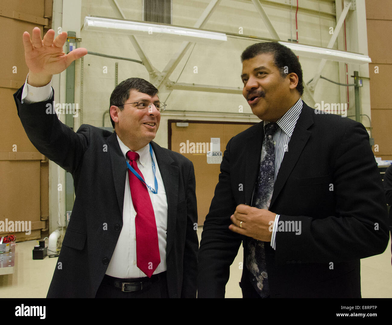 Dr. Neil deGrasse Tyson visited with Goddard's Space Flight Center Director Chris Scolese and the James Webb - Stock Image