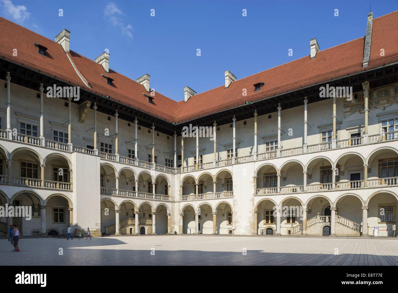 Arcaded courtyard of Wawel Castle, Kraków, Lesser Poland Voivodeship, Poland - Stock Image