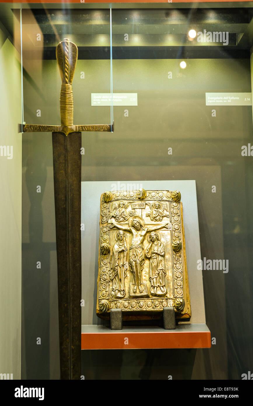 Italia Friuli V.G. Cividale  Duomo di Santa Maria Assunta  Museo Cristiano-Tesoro del Duomo. Spada di Marquardo Stock Photo
