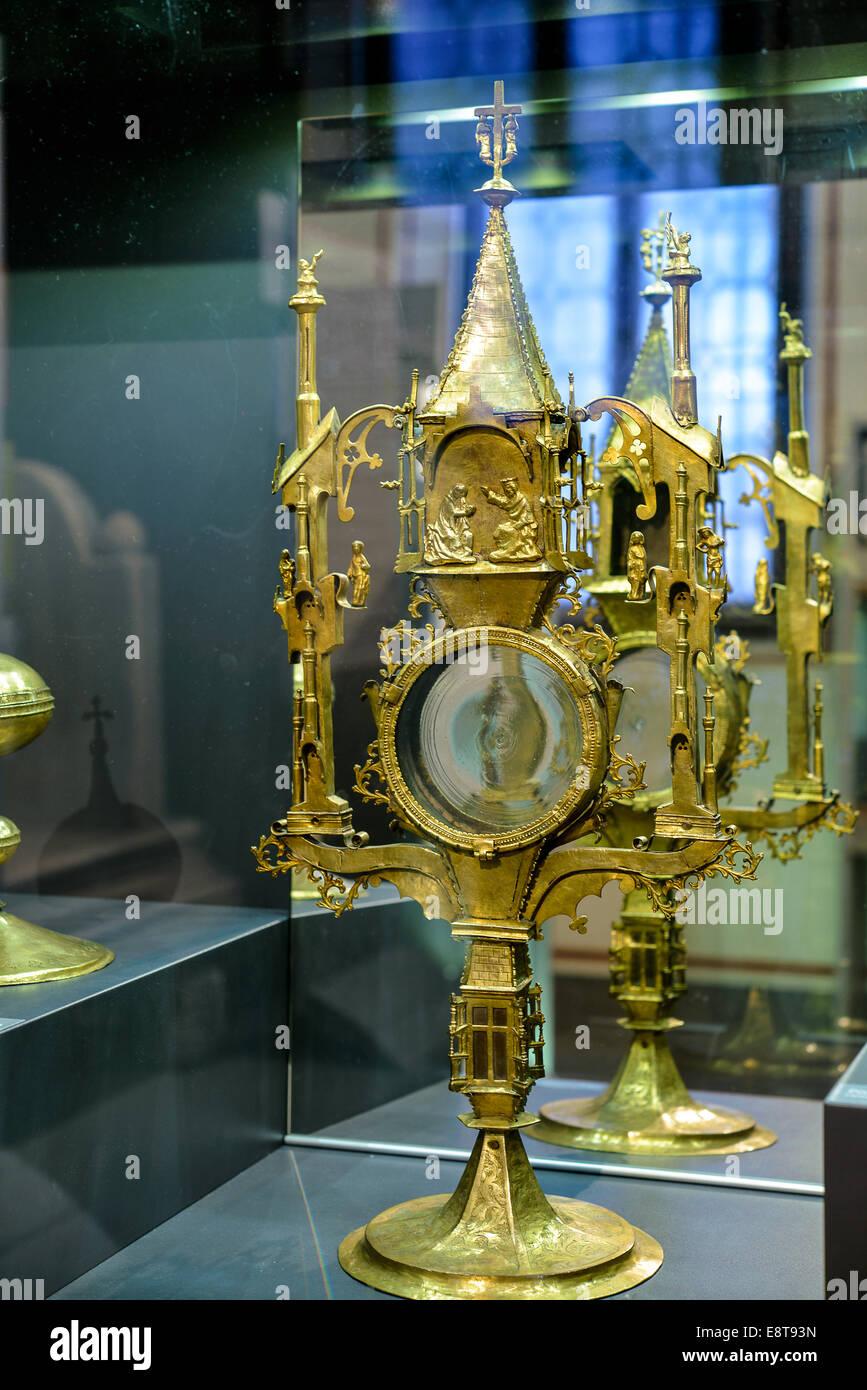 Italia Friuli V.G. Cividale  Duomo di Santa Maria Assunta  Museo Cristiano-Tesoro del Duomo. Oggetto di oreficeria sacra   Italy Stock Photo