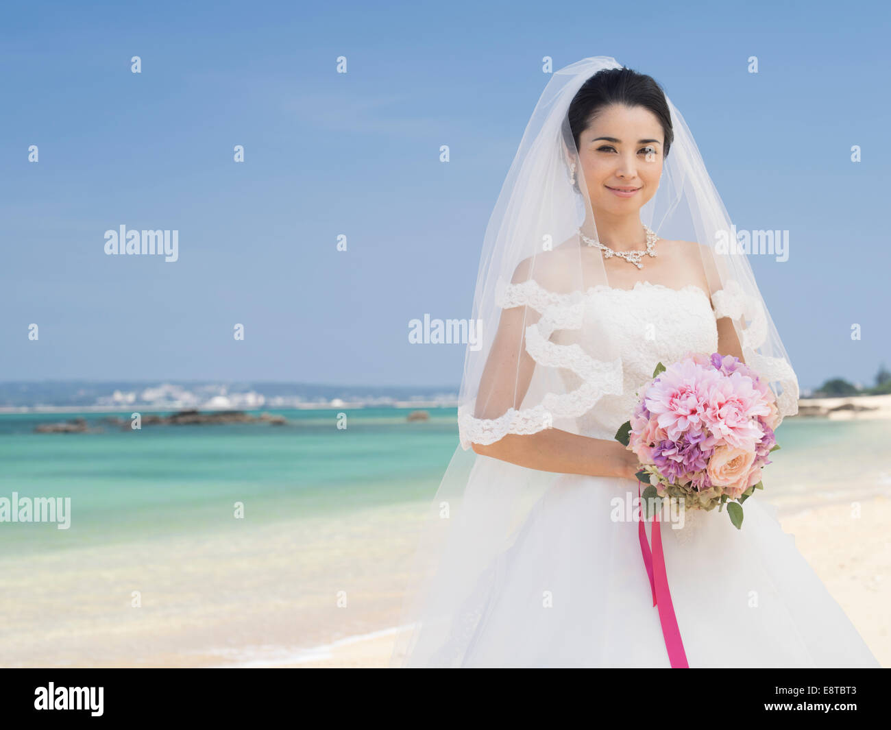 Tropical Wedding Stock Photos & Tropical Wedding Stock Images - Alamy