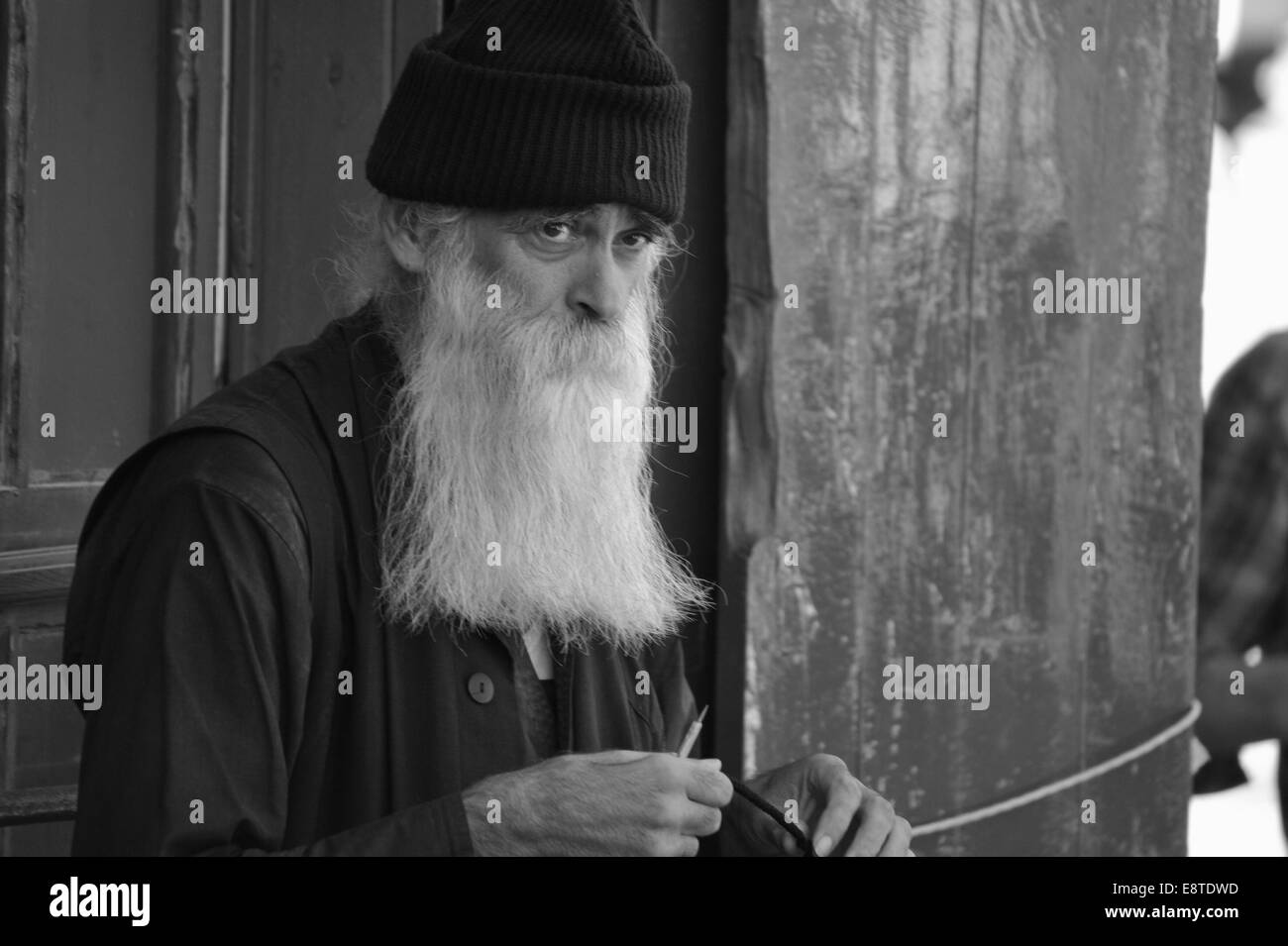 Orthodoxer Pilger auf dem Mount Athos, Chalkidiki, Griechenland. Editorial use only. - Stock Image