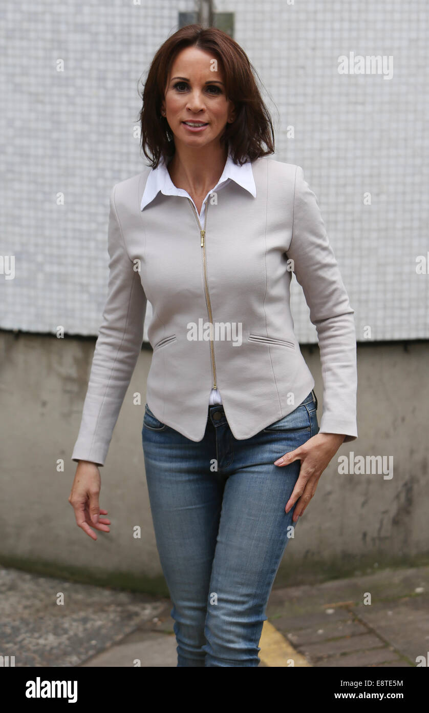 Andrea Mclean Outside The Itv Studios Showing Off A New Haircut