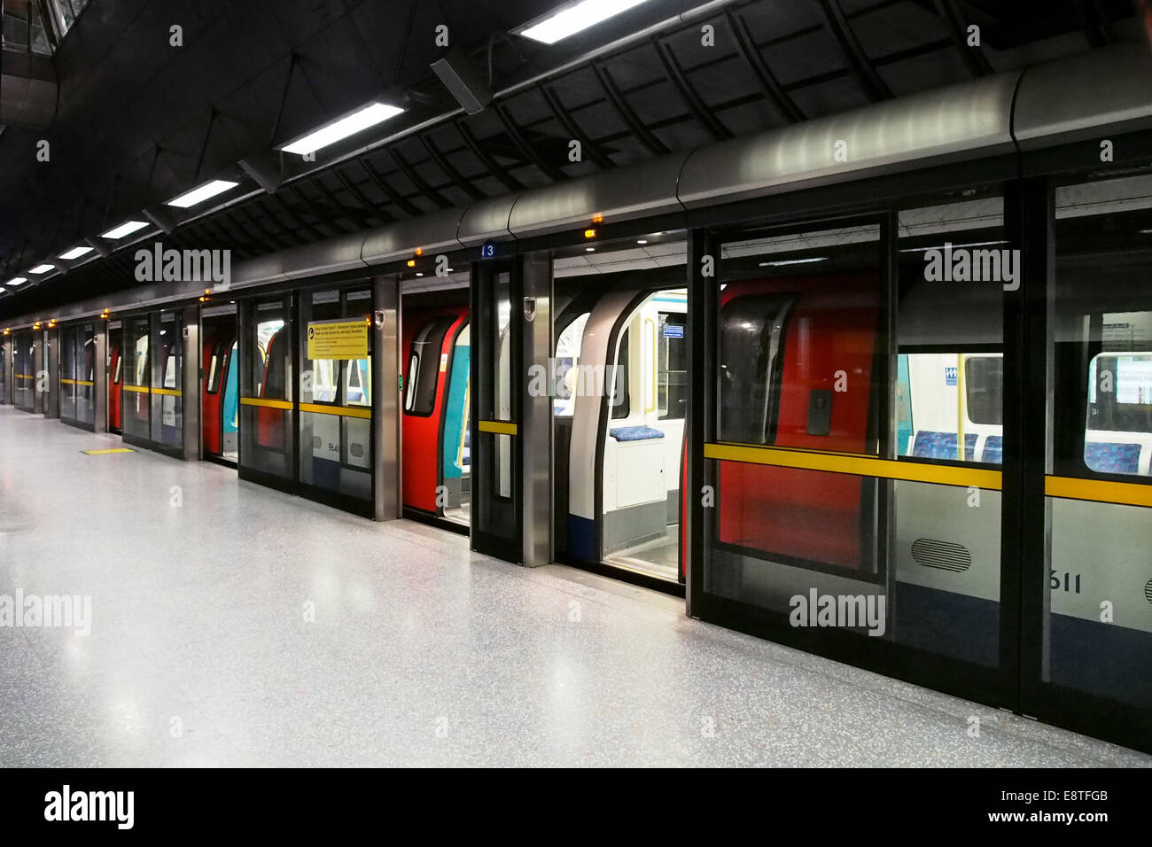 north greenwich tube stock photos north greenwich tube. Black Bedroom Furniture Sets. Home Design Ideas