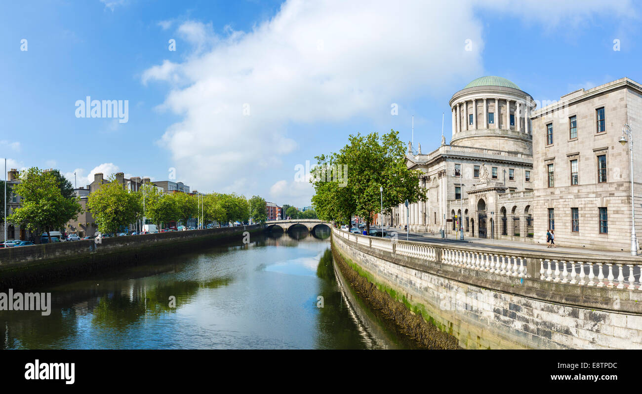 The Four Courts on Inns Quay by the River Liffey, Dublin City, Republic of Ireland - Stock Image