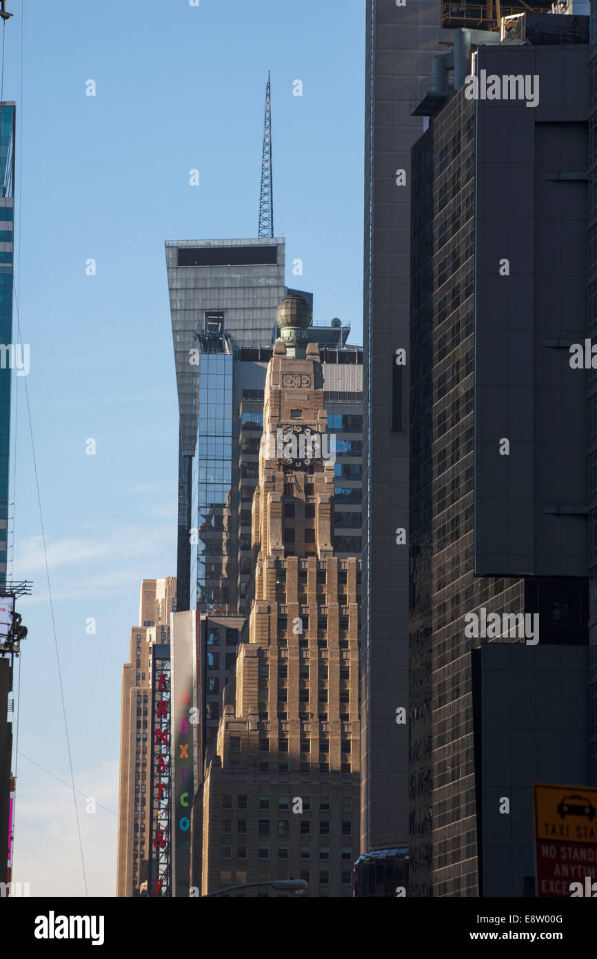 Broadway Skyline looking toward The Paramount Building on Broadway between West43 and West 44 St Manhattan New York - Stock Image