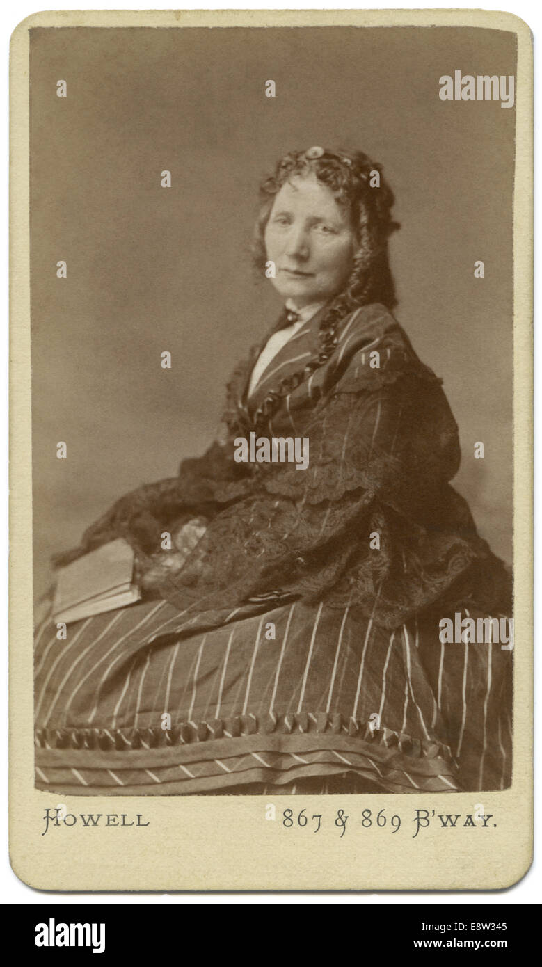 1800s Carte De Visite CDV Of Harriet Beecher Stowe 1811 1896 Abolitionist And Author Uncle Toms Cabin