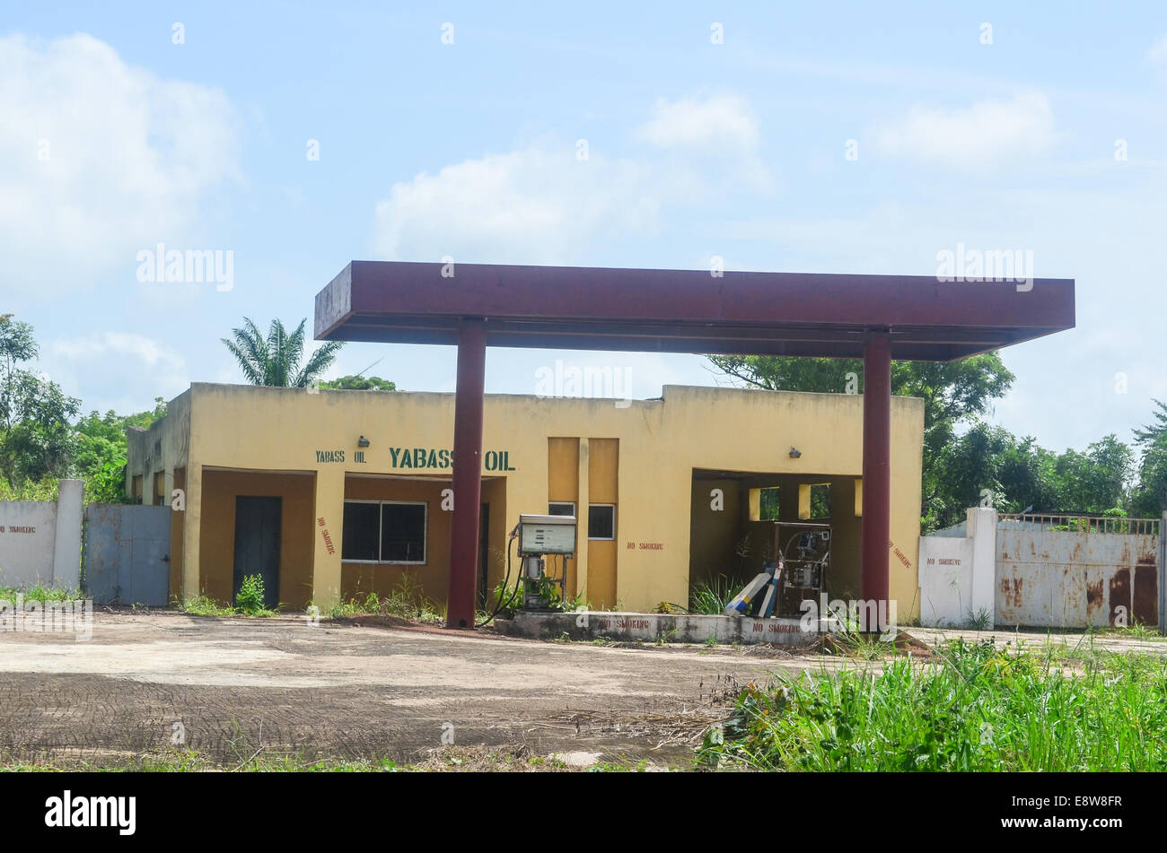 An abandoned gas station in south-west Nigeria, Ogun state - Stock Image
