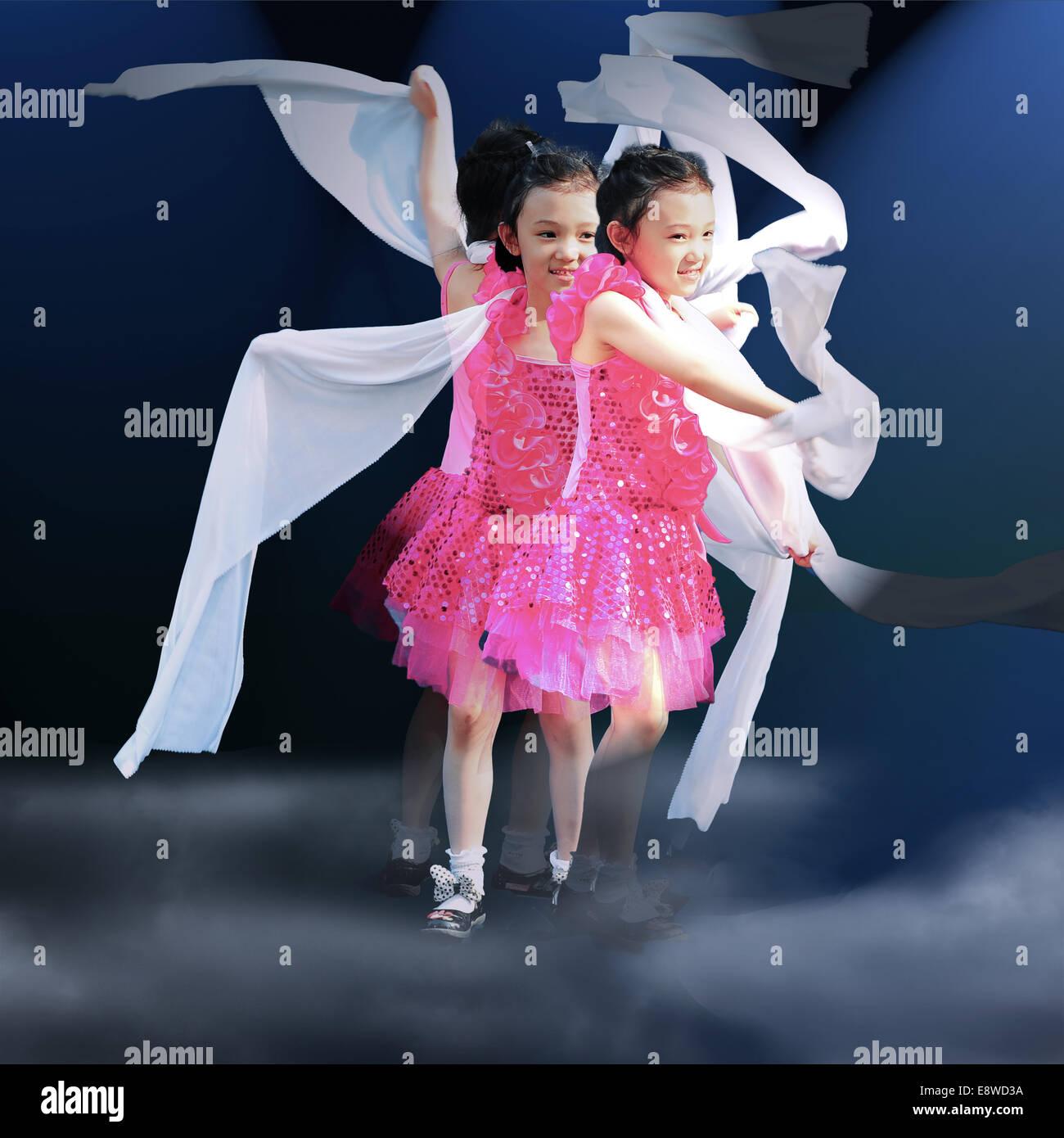 Bedroom Boom Mp3 Little Girl Dancing Stock Photos Amp Little Girl Dancing