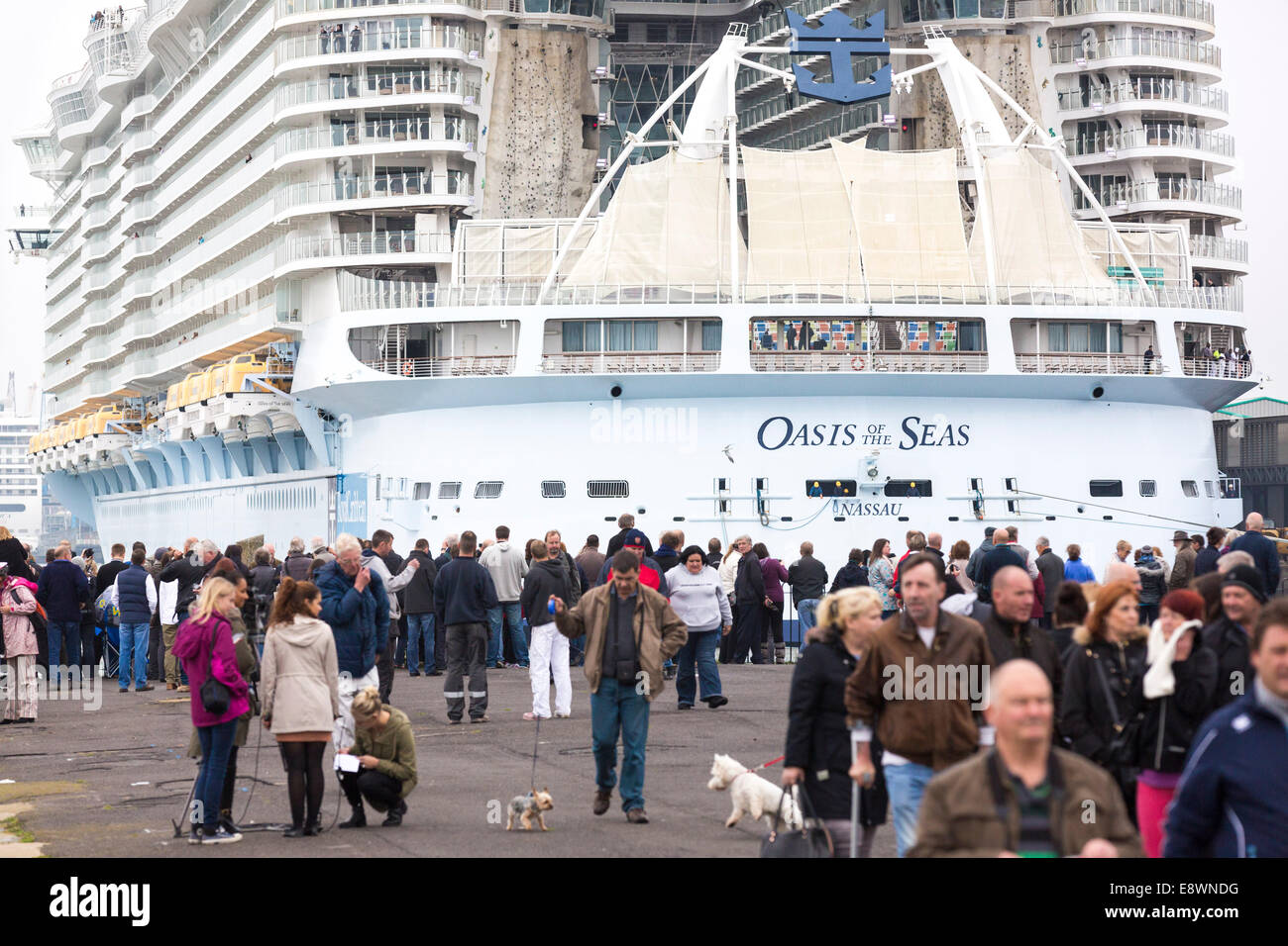 Ship spotters gather to see the world's largest cruise ship, Oasis of the Seas arrive in Southampton for a short Stock Photo