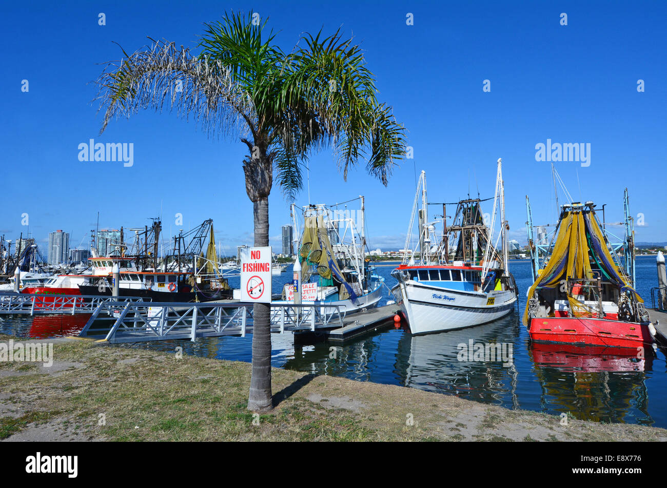 how to find a boat mooring on the gold coast