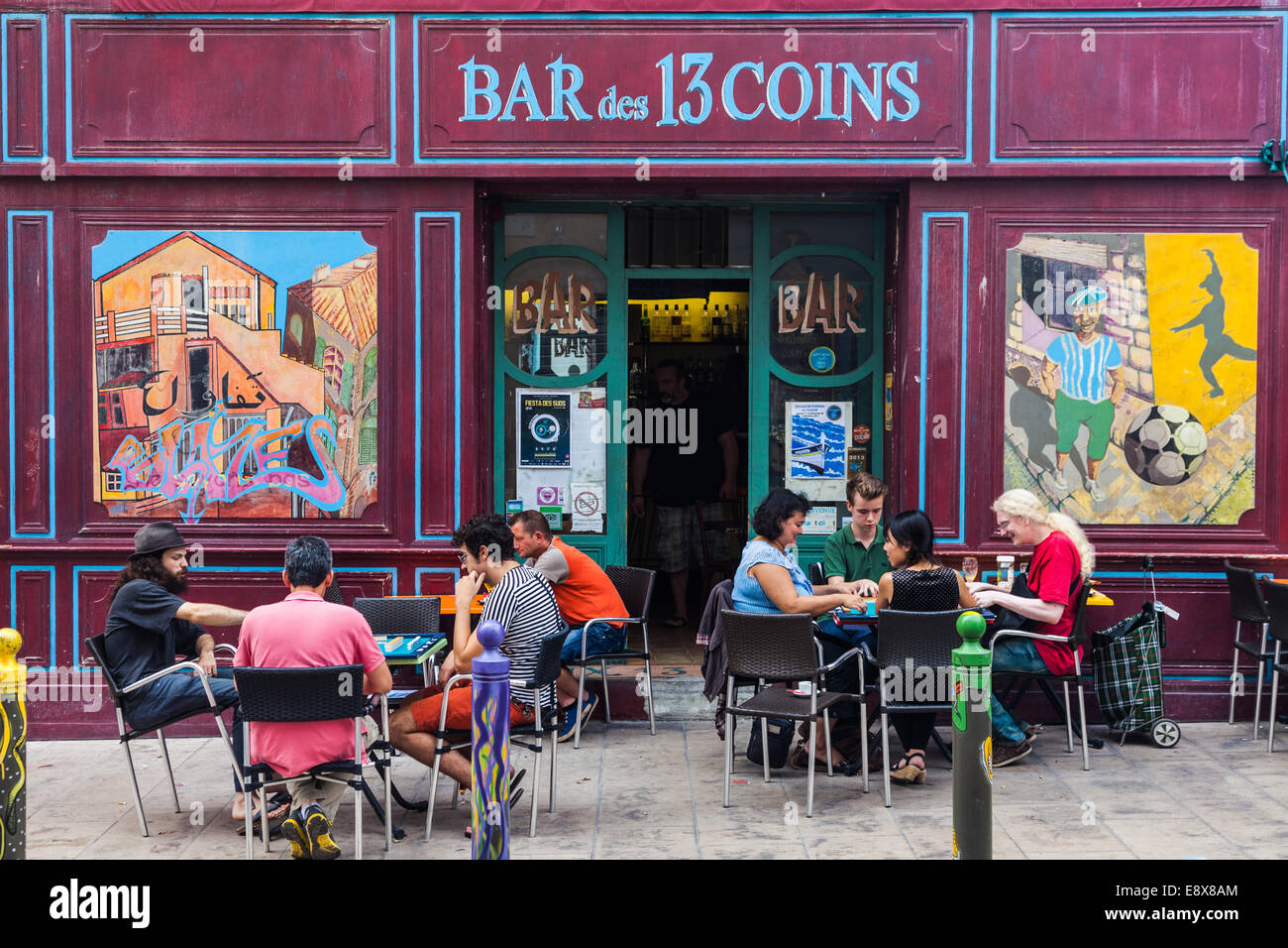 Colorful bar on the edge of the Panier district of Marseille, France. - Stock Image