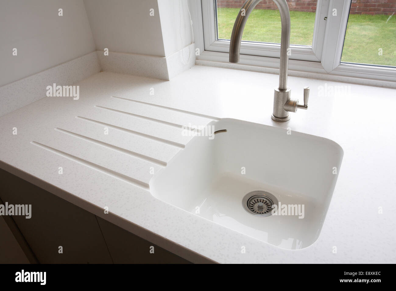 White Marble Sink Stock Photos & White Marble Sink Stock Images - Alamy