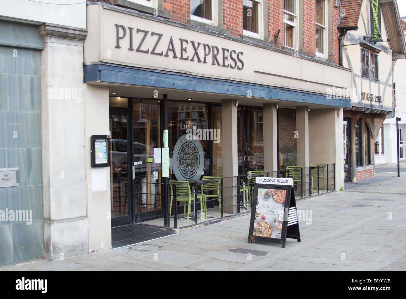Pizza Express Salisbury Wiltshire Stock Photo 74352135 Alamy